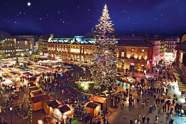 Marché De Noel Strasbourg Hotel.Choisissez Votre Destination Pour Noël Hôtel Roi Soleil